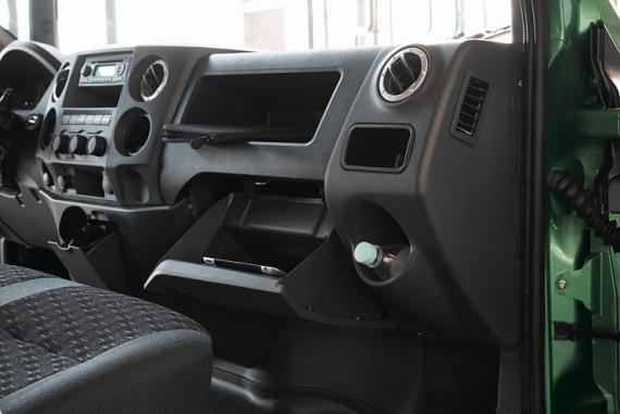 Ниши и полки на приборной панели в автомобилях ГАЗон NEXT