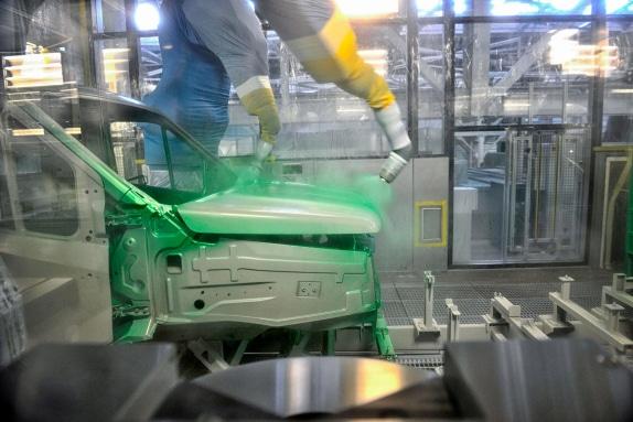 Покраска ГАЗона NEXT высокотехнологичным окрасочным комплексом EISENMANN