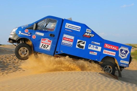 Автомобиль на базе ГАЗель 4WD, синий. Вид сбоку