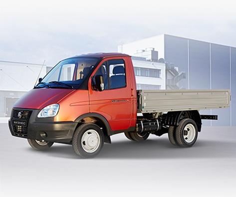 Автомобиль ГАЗель с грузовой платформой, чили. Вид слева