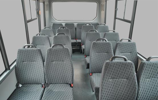 Широкий и просторный салон в автобусе Citiline