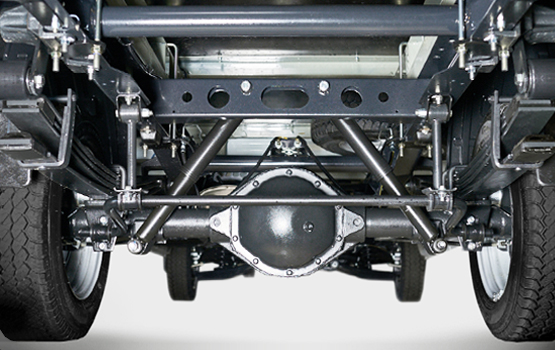 Модернизированная задняя подвеска, ведущий задний мост, новая тормозная система с дисковыми тормозными механизмами на всех колёсах ГАЗель Next Автобус