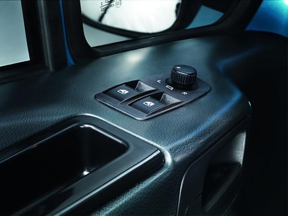 Кнопки на боковой двери в автомобилях ГАЗель Next борт